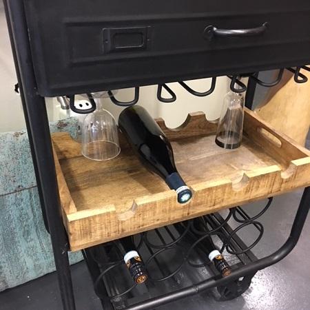 Kastje Trolley metaal zwart wijn flessen