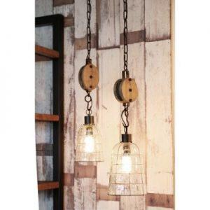 Hanglamp-met-hout-katrol
