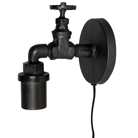 Industriële wandlamp kraan