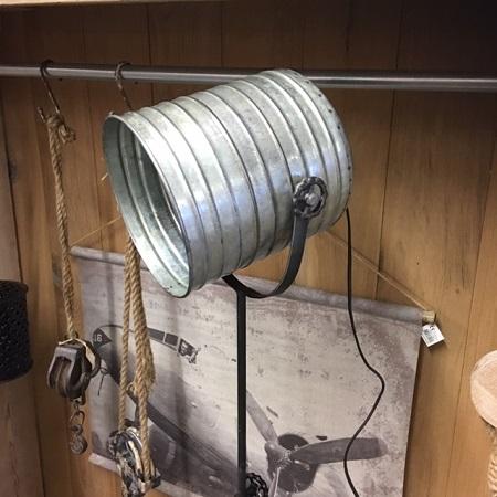 Stoere vloerlamp metaal industriele lamp