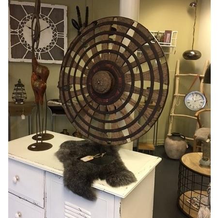 Houten ornament spinnewiel op voet deco