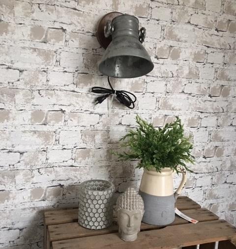Industriele wandlamp hout metaal