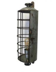 Industriele-wandlamp-stoer