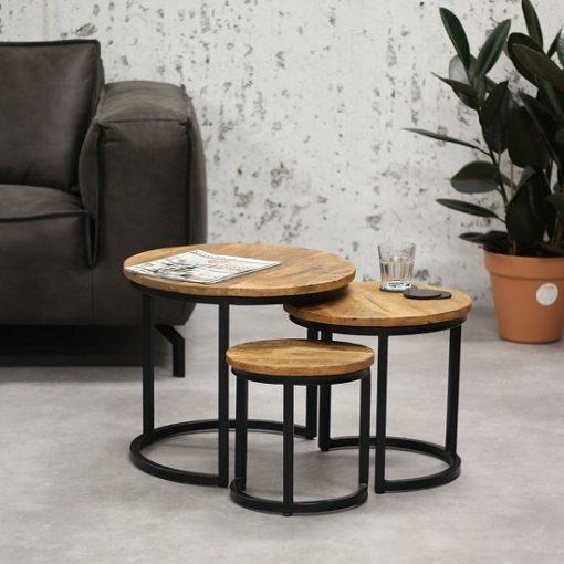 Houten industriele salontafel drie