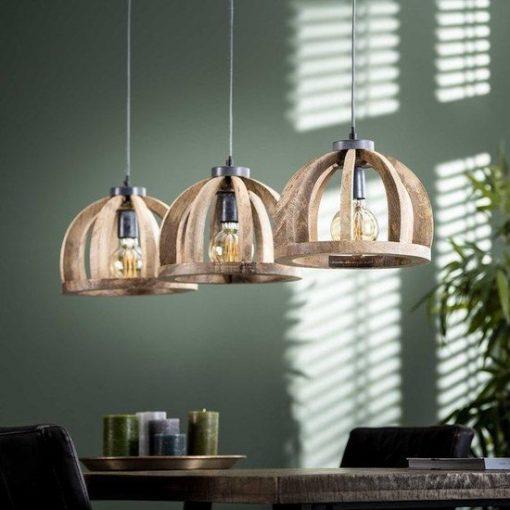 Houten hanglamp drie kappen eettafel