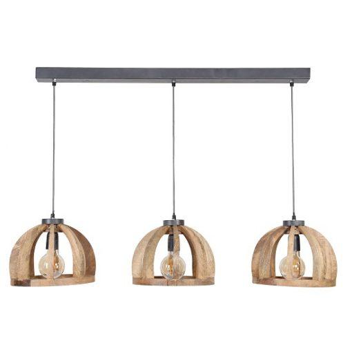 Houten hanglamp drie kappen rond eettafel