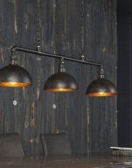 Industriële hanglamp metalen kappen stoer