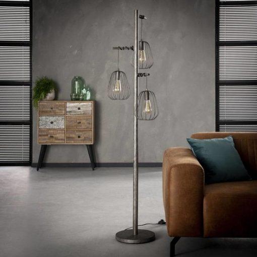 Stoere vloerlamp drie metalen kappen