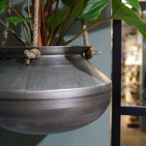 Hangpot metaal met touw plant