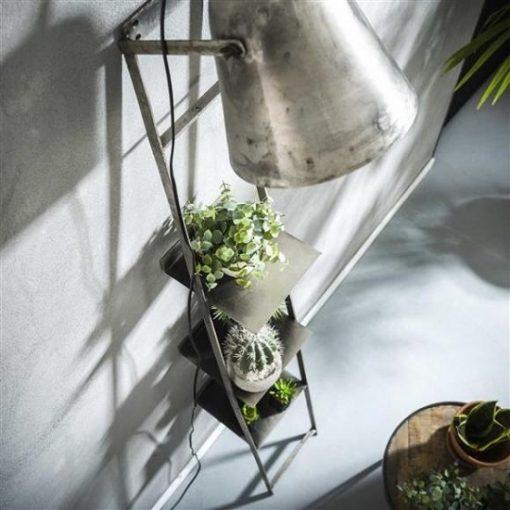 Wandrek met lamp industrieel