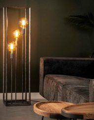 Grijze metalen vloerlamp industriele