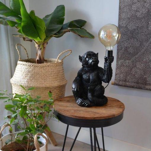 Lamp aap zwart zittend