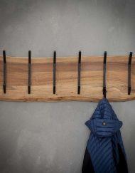 Kapstok metaal zwarte haken hout