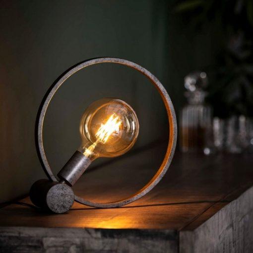 Industriële tafellamp trendy rond interieur