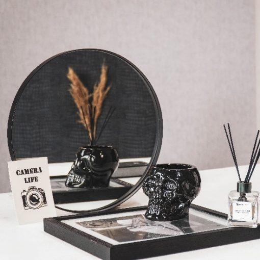 Doodshoofd pot zwart steen