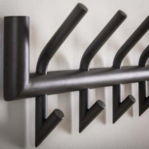 Kapstok acht haken metaal interieur